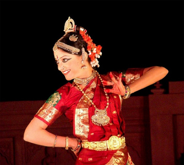 Arunima Kumar performs at Khajuraho Dance Festival | Pic By: Krishna